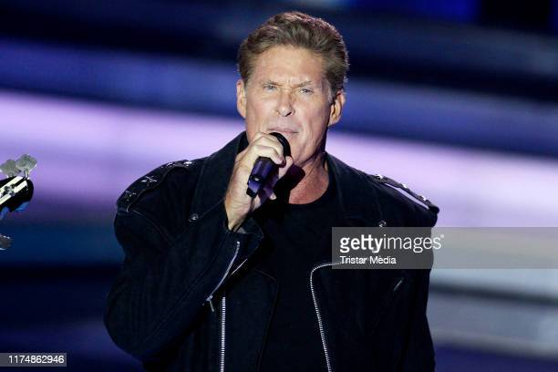"""Singer and actor David Hasselhoff at the charity gala """"Willkommen bei Carmen Nebel"""" at TUI Arena on September 14, 2019 in Hanover, Germany."""