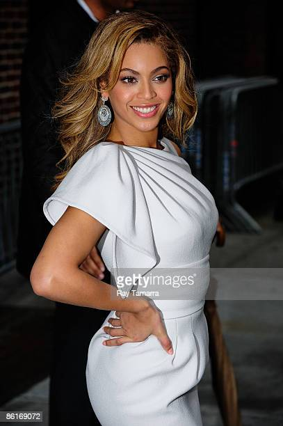 Singer and actress Beyonce Knowles visits the 'Late Show With David Letterman' at the Ed Sullivan Theater on April 22 2009 in New York City New York