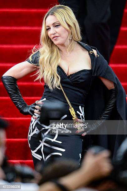 Singer and actress Madonna enters the Metropolitan Museum of Art on May 4 2015 in New York City