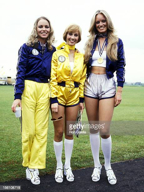Singer and Actress Michelle Phillips Actors Sandy Duncan and Susan Anton attend the First Annual Rock 'N Roll Sports Classic on March 10 1978 at...