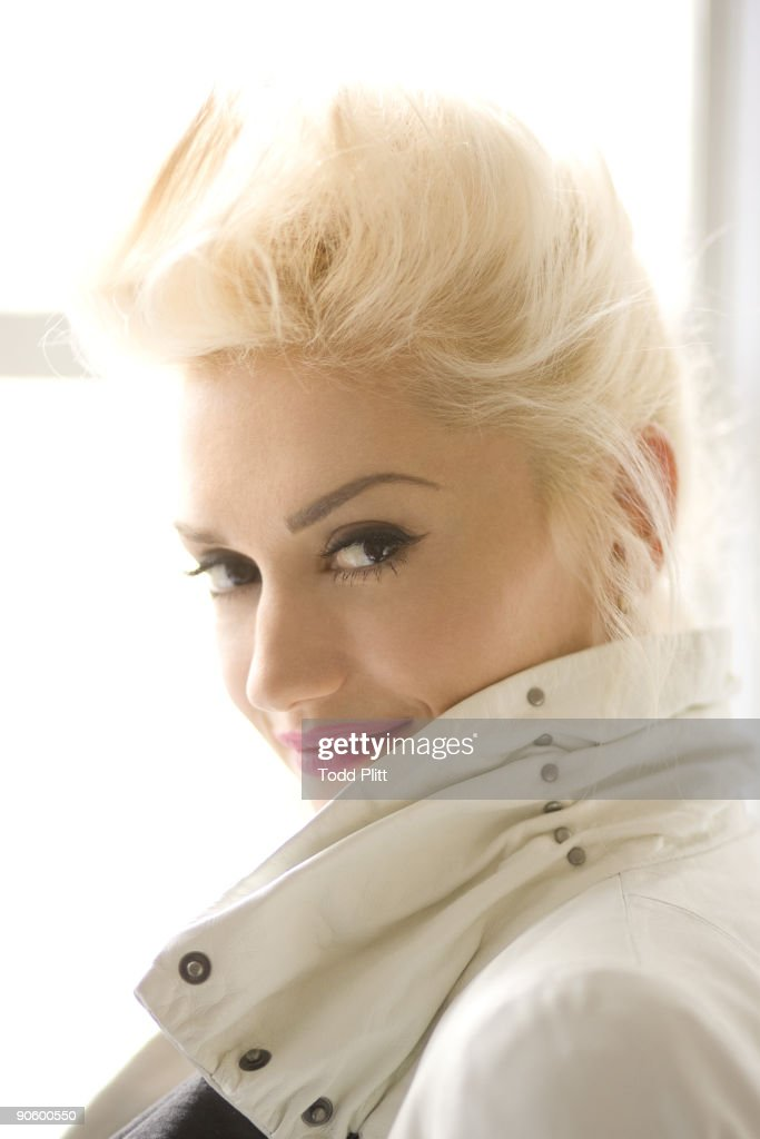 Singer and fashion designer Gwen Stefani poses at a portrait session in New York City on September 9, 2009.