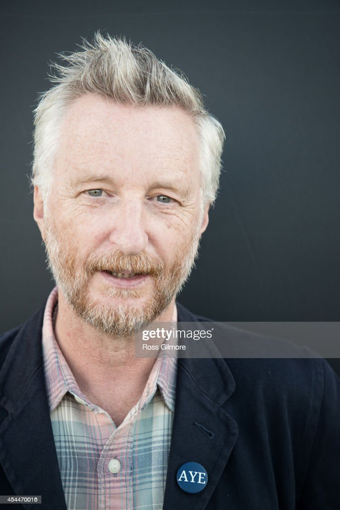 Billy Bragg, Self assignment, August 9, 2014