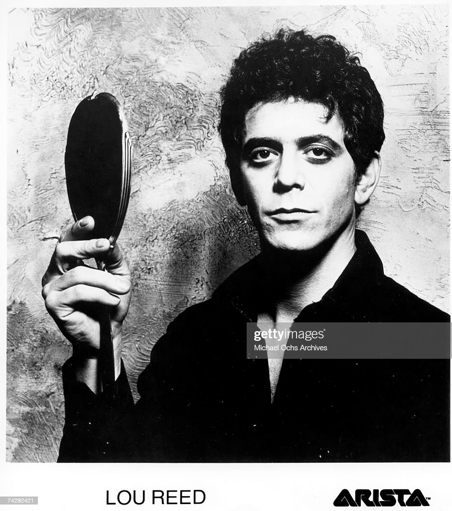 Lou Reed Portrait With Mirror : News Photo