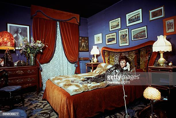 Singer And Night Clubs Owner Régine At Home In Paris France Circa 1960