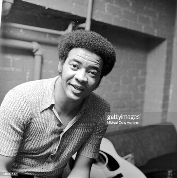 Singer and songwriter Bill Withers poses for a portrait backstage on September 16, 1971 in Los Angeles, California.