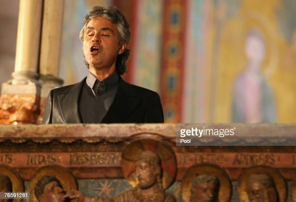 Singer Andrea Bocelli performs during Luciano Pavarotti's funeral held in Modena's Duomo on September 8 2007 in Modena Italy Pavarotti died of...