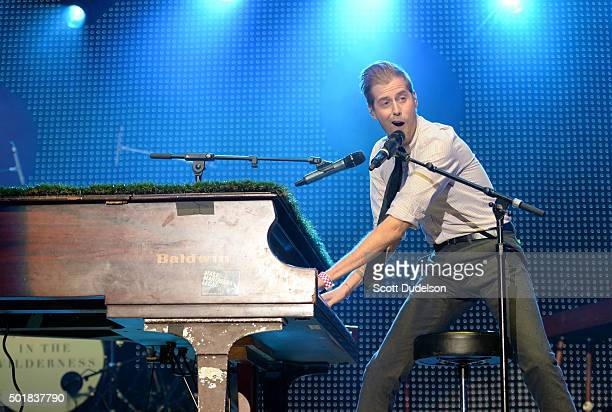 Singer Andrew McMahan performs onstage at The Forum on December 13, 2015 in Inglewood, California.