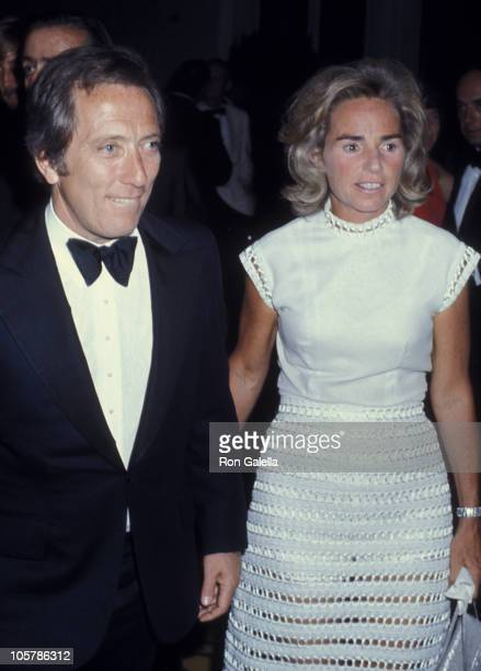 Singer Andy Williams and Ethel Kennedy attend Kennedy Center For The Performing Arts Gala Preview on May 22 1971 at the Kennedy Center in Washington...