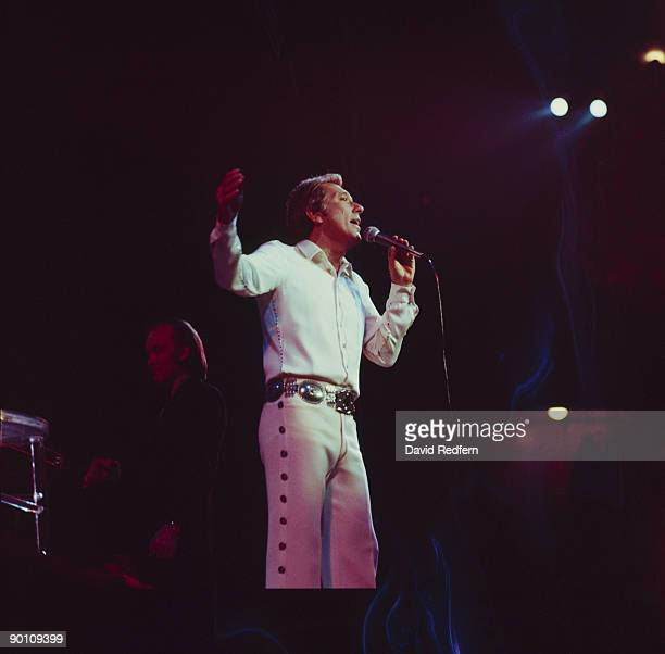 Singer Andy Williams performs on stage in April 1974