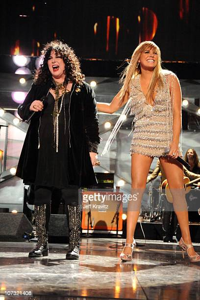 Singer Ann Wilson of Heart and musician Grace Potter performs onstage during 'VH1 Divas Salute the Troops' presented by the USO at the MCAS Miramar...