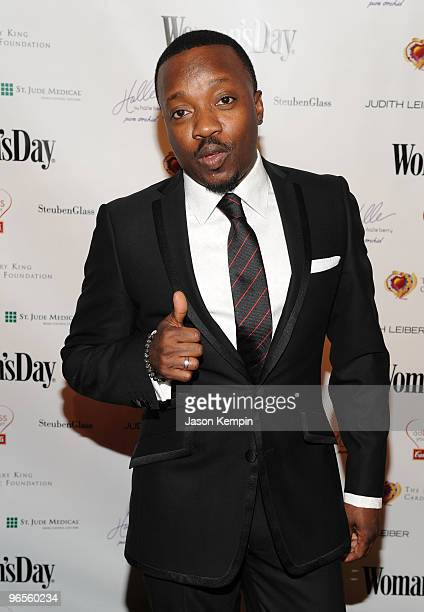 Singer Anthony Hamilton attends the 7th Annual Red Dress Awards presented by Woman's Day at Jazz at Lincoln Center on February 10 2010 in New York...