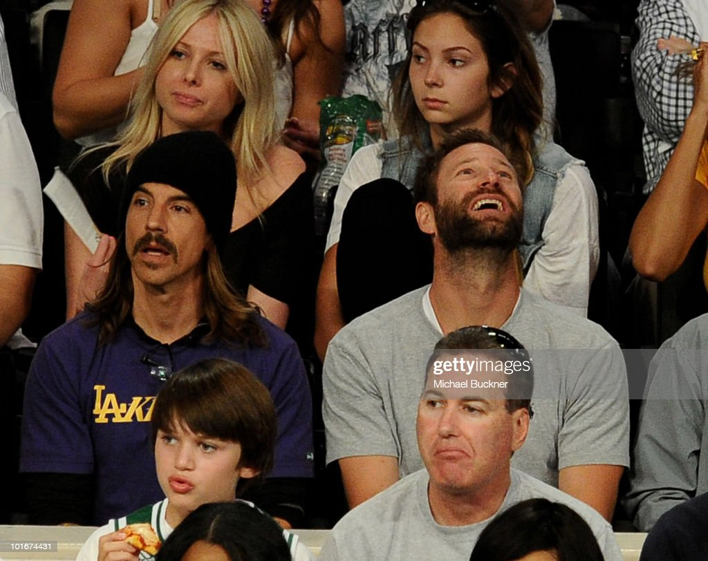 Singer Anthony Kiedis (L) and actor Aaron Eckhart attend Game 2 of the NBA Finals between the Los Angeles Lakers and Boston Celtics at the Staples Center on June 6, 2010 in Los Angeles, California.