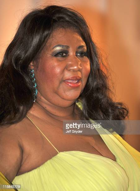 Singer Aretha Franklin arriving at The 30th Kennedy Center Honors on December 2 in Washington DC The 2007 honorees are pianist Leon Fleisher actor...