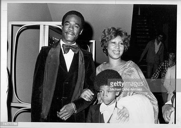 Singer Aretha Franklin attends an event with husband actor Glynn Turman and son Kelf circa 1978 in Los Angeles California