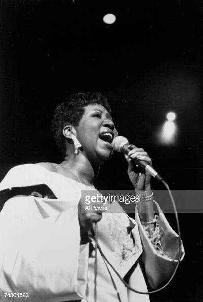 B singer Aretha Franklin performs onstage in circa 1986