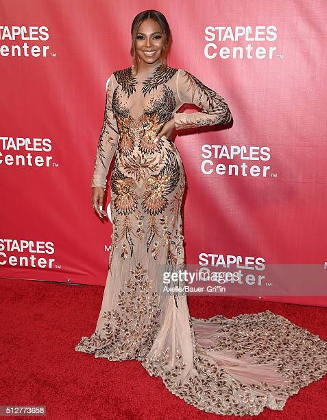 Singer Ashanti arrives at the 2016 MusiCares Person of the Year honoring Lionel Richie at Los Angeles Convention Center on February 13 2016 in Los...