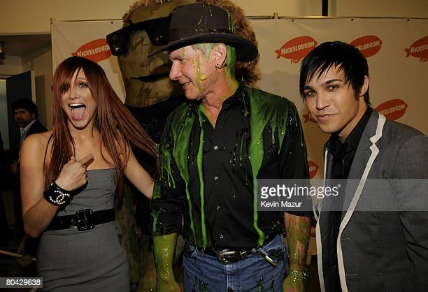 Singer Ashlee Simpson Actor Harrison Ford and Musician Pete Wentz during Nickelodeons 2008 Kids Choice Awards held at the Pauley Pavilion on March 29...