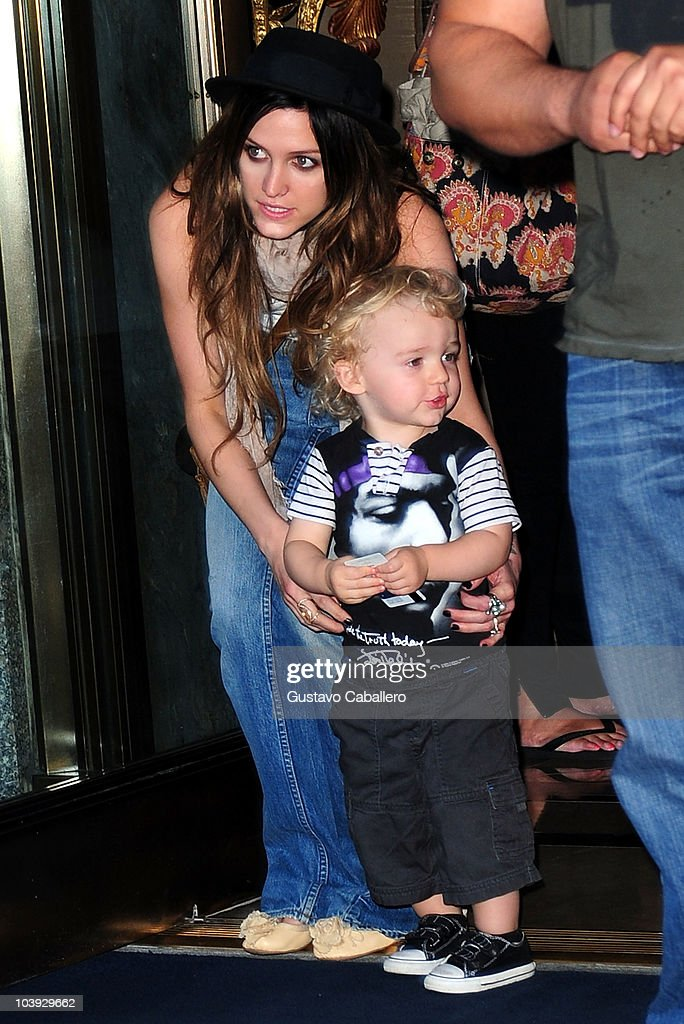 Celebrity Sightings In New York City - September 8, 2010