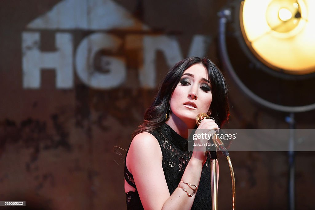 Singer Aubrie Sellers performs on stage at the HGTV Lodge at CMA Music Fest on June 9, 2016 in Nashville, Tennessee.