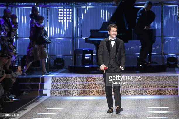 Singer Austin Mahone performs during the show for fashion house Dolce Gabbana during the Women's Fall/Winter 2017/2018 fashion week in Milan on...