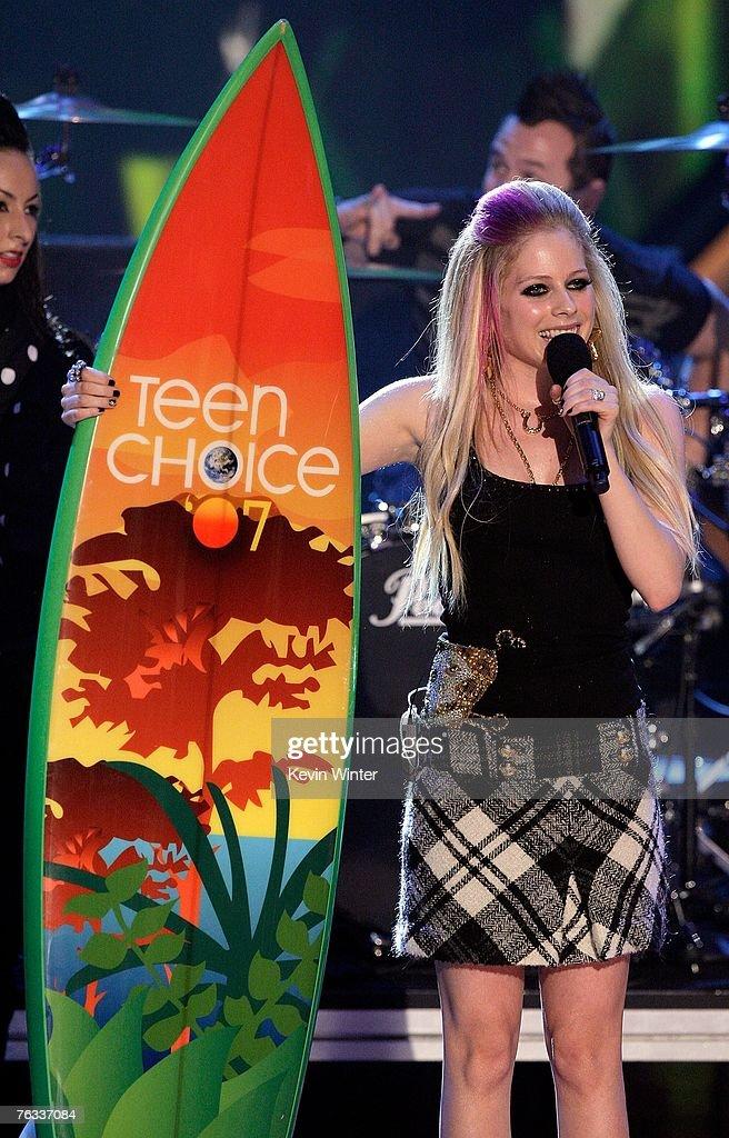 Girlfriend teen choice awards avril
