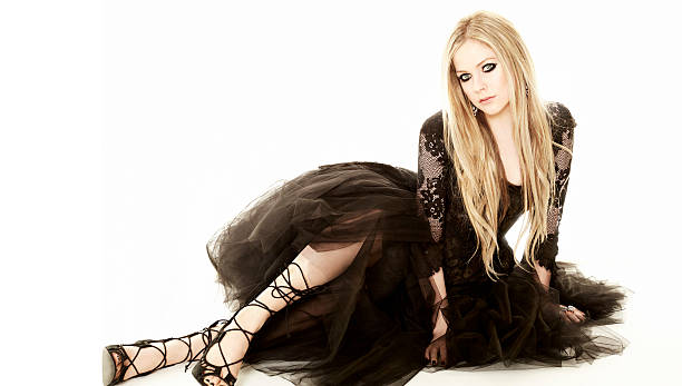 Avril lavigne hello canada may 13 2013 avril lavigne hello canada may 13 2013 voltagebd Image collections