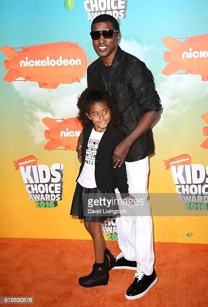 Singer Babyface and Peyton Nicole Edmonds attend Nickelodeon's 2016 Kids' Choice Awards at The Forum on March 12 2016 in Inglewood California