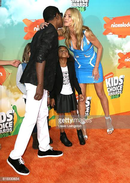 Singer Babyface Peyton Nicole Edmonds and model Heidi Klum attend Nickelodeon's 2016 Kids' Choice Awards at The Forum on March 12 2016 in Inglewood...