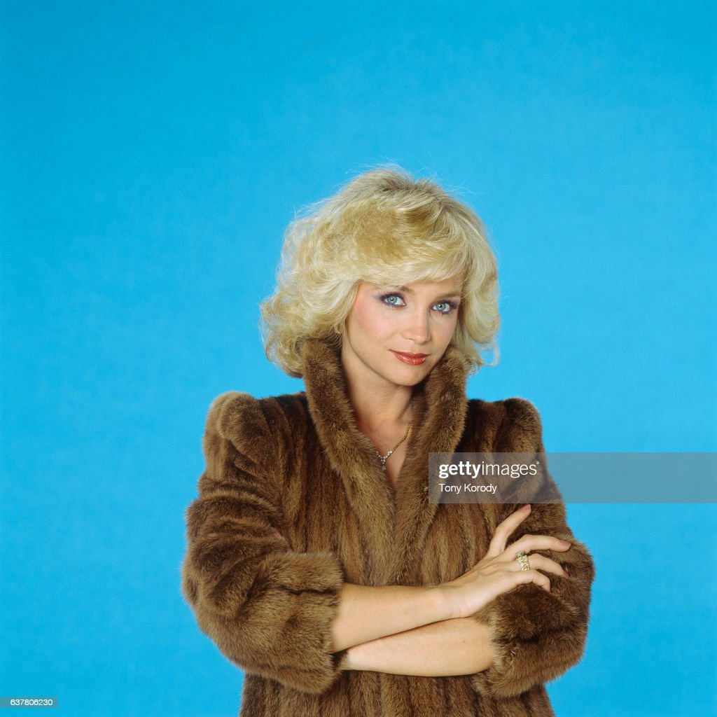 Jennifer Van Dyck Hot tube Patricia Hodge (born 1946),Disha Vakani