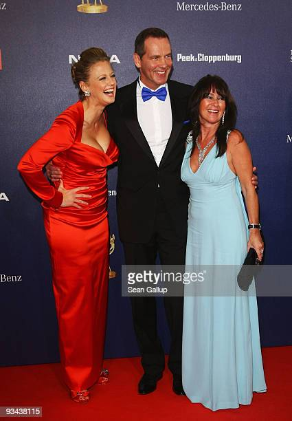Singer Barbara Schoeneberger and boxer Henry Maske with wife Manuela arrive to the Bambi Awards 2009 at the Metropolis Hall at the Filmpark...