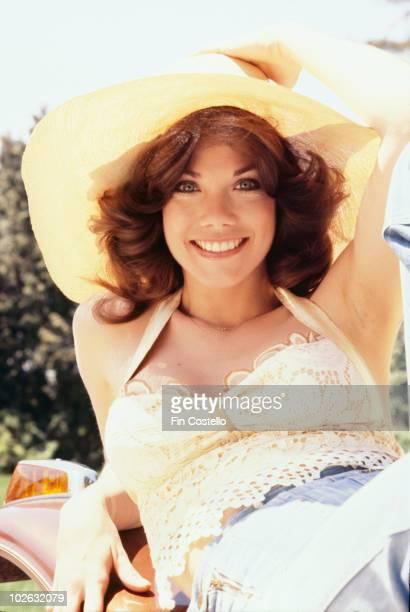 Singer Barbi Benton poses circa 1975