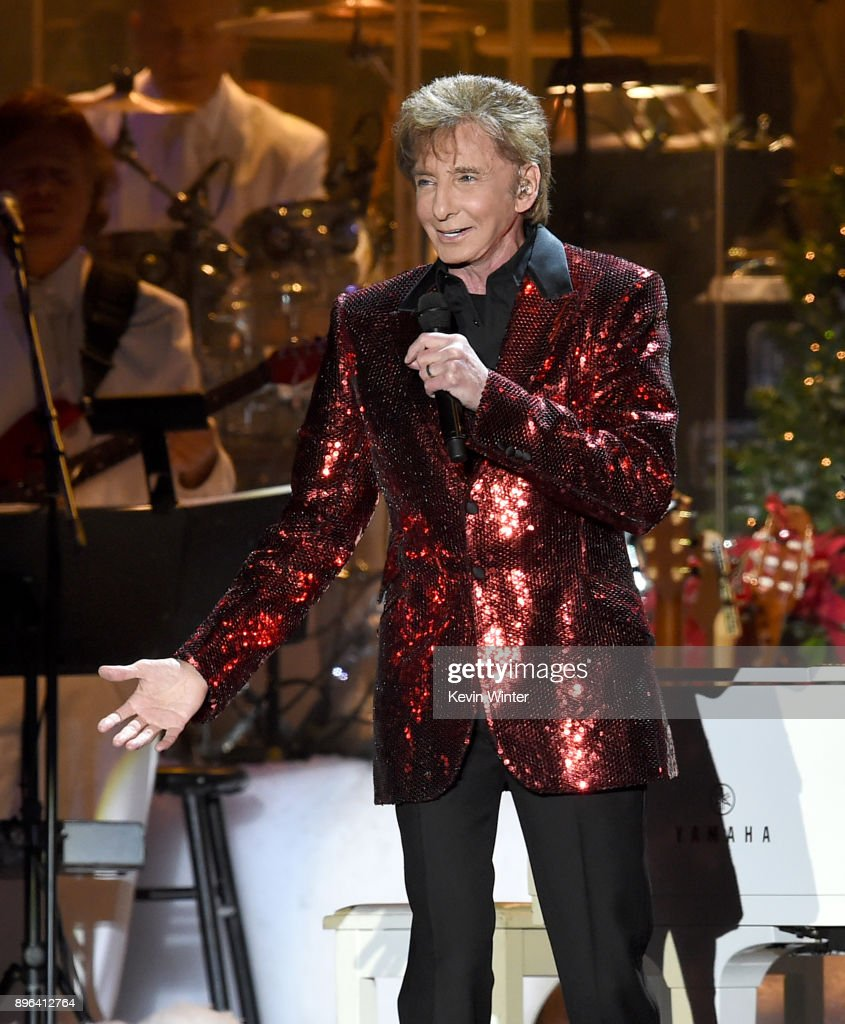 Singer Barry Manilow performs during A Very Berry Christmas ...