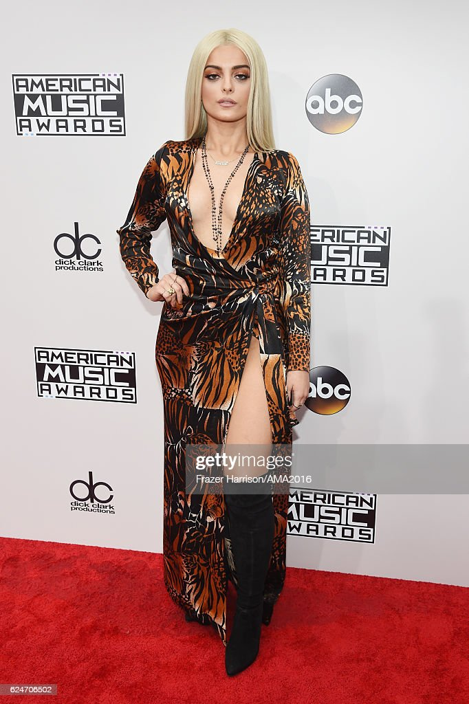 2016 American Music Awards - Red Carpet
