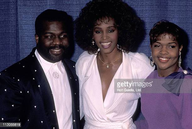Singer BeBe Winans, singer Whitney Houston and singer CeCe Winans attends the United Negro College Fund's 46th Annual Awards Dinner/Frederick D....