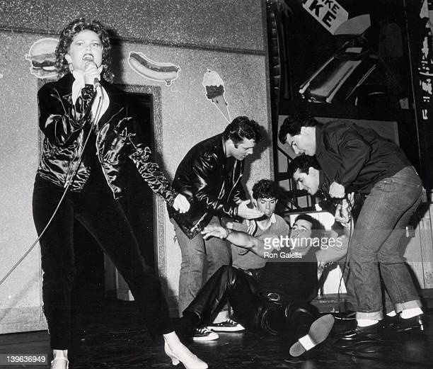 Singer Belinda Carlisle and actor Barry Williams cast attend the reahearsals for 'Grease' on May 23 1983 at the Long Beach Civic Light Opera House in...