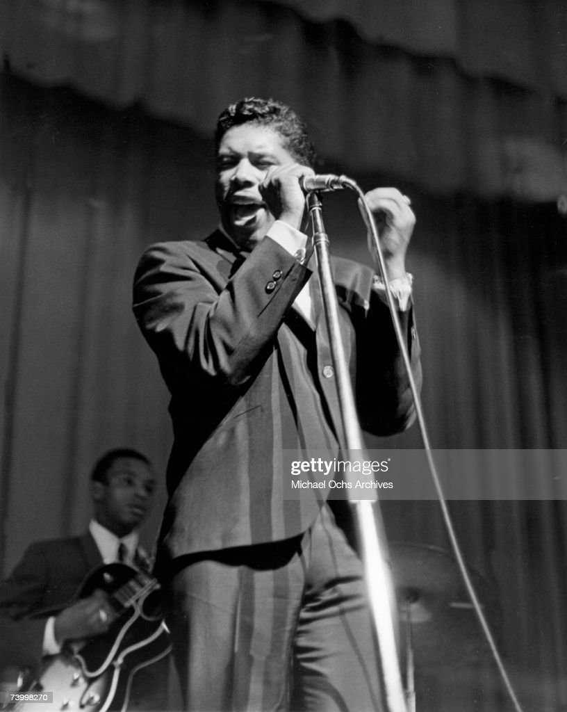 Ben E. King Performing At The Apollo : News Photo