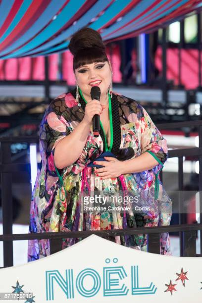 Singer Beth Ditto performs during the 'Galeries Lafayette' Christmas Decorations Inauguration at Galeries Lafayette Haussmann on November 8 2017 in...