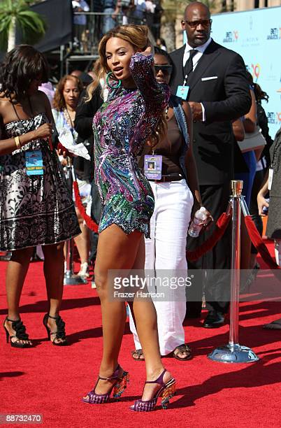 Singer Beyonce arrives at the 2009 BET Awards held at the Shrine Auditorium on June 28 2009 in Los Angeles California