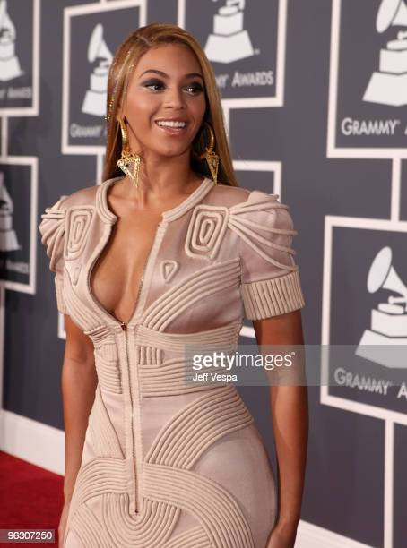 Singer Beyonce arrives at the 52nd Annual GRAMMY Awards held at Staples Center on January 31 2010 in Los Angeles California