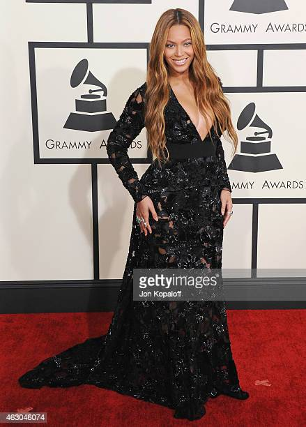Singer Beyonce arrives at the 57th GRAMMY Awards at Staples Center on February 8, 2015 in Los Angeles, California.