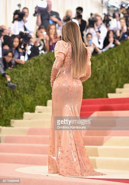 Singer Beyonce attends the 'Manus x Machina Fashion In An Age Of Technology' Costume Institute Gala at Metropolitan Museum of Art on May 2 2016 in...