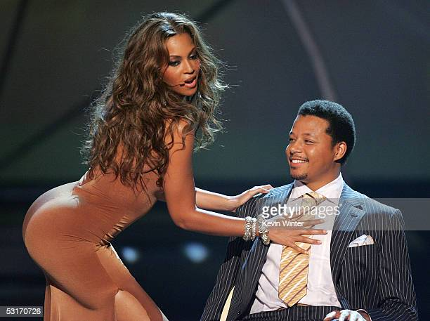 Singer Beyonce Knowles and actor Terrence Howard perform onstage at the BET Awards 05 at the Kodak Theatre on June 28 2005 in Hollywood California