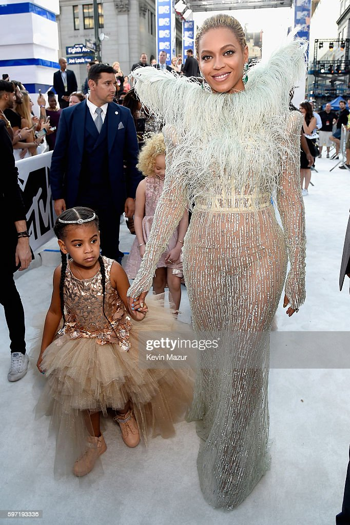 Singer Beyonce Knowles and daughter Blue Ivy Carter attend the 2016 MTV Video Music Awards at Madison Square Garden on August 28, 2016 in New York City.
