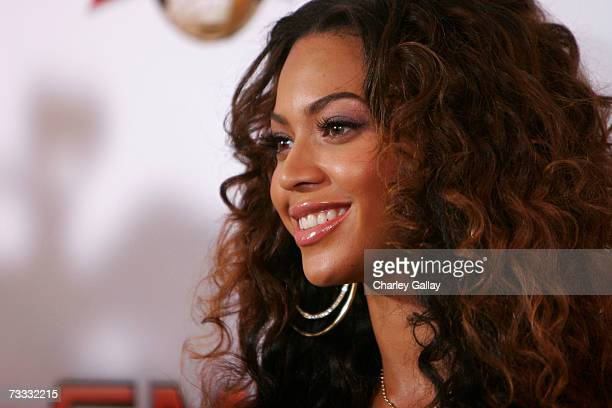 Singer Beyonce Knowles arrives at a reception celebrating the 2007 Sports Illustrated Swimsuit Issue in which she appears on the cover at the Pacific...