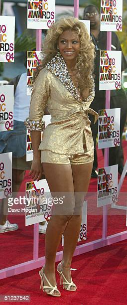 Singer Beyonce Knowles arrives at the 2004 MTV Video Music Awards at the American Airlines Arena August 29 2004 in Miami Florida
