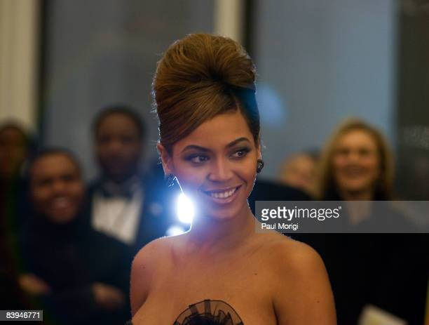 Singer Beyonce Knowles arrives at the 31st Annual Kennedy Center Honors at the Hall of States inside the John F. Kennedy Center for the Performing...