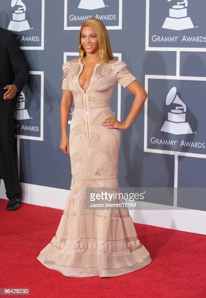 Singer Beyonce Knowles arrives at the 52nd Annual GRAMMY Awards held at Staples Center on January 31 2010 in Los Angeles California