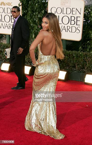 Singer Beyonce Knowles arrives at the 64th Annual Golden Globe Awards at the Beverly Hilton on January 15 2007 in Beverly Hills California