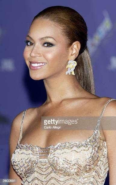 Singer Beyonce Knowles attends the 2003 Billboard Music Awards at the MGM Grand Garden Arena December 10 2003 in Las Vegas Nevada The 14th annual...