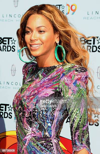 Singer Beyonce Knowles attends the 2009 BET Awards at The Shrine Auditorium on June 28 2009 in Los Angeles California